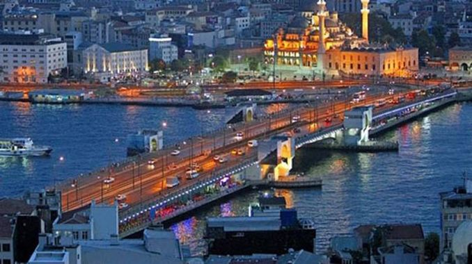 Haliç'teki iki köprü bir süre trafiğe kapatılacak