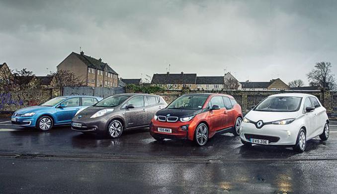 4 otomobil devinden ortak karar!