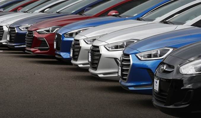 Otomobil pazarı 5 ayda yüzde 2.2 büyüdü
