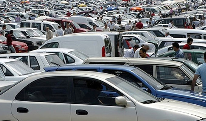 Otomobil satıcıları belgelendirilecek