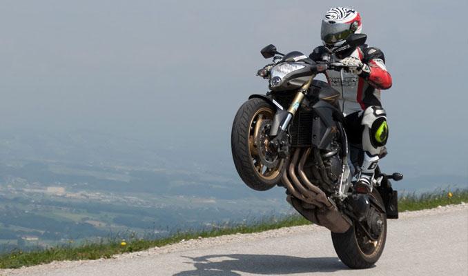 Honda'nın güçlü motosikleti Türkiye'de