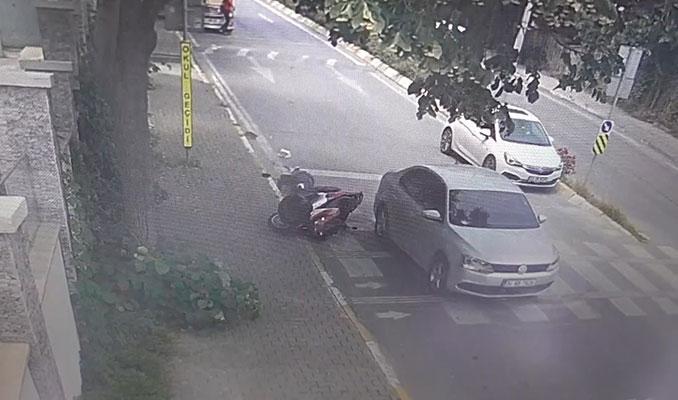 Polisten kaçan sürücü, motosiklete çarpıp kaçtı