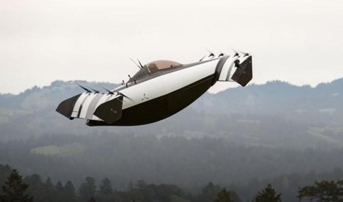 Pilot lisansı gerektirmeyen uçan arabaya onay!