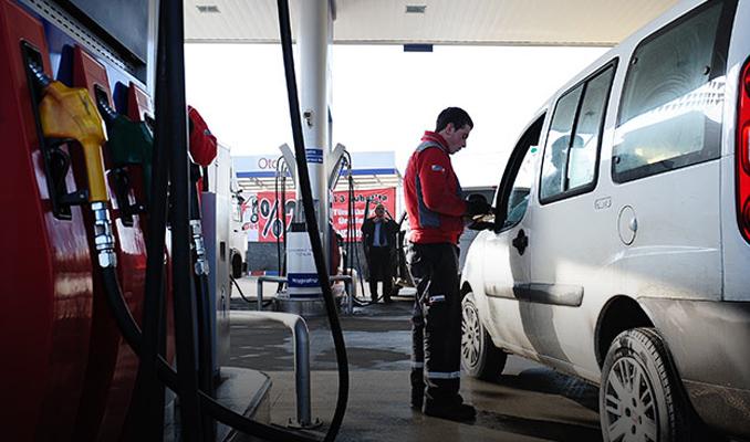 Benzin fiyatlarına zam yapıldı