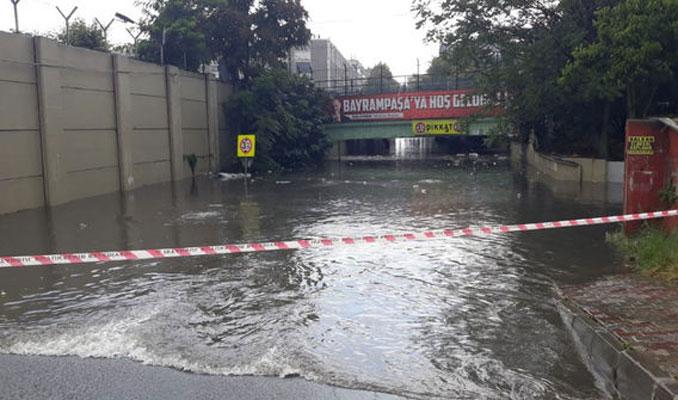 İstanbul metro seferlerinde yağış engeli
