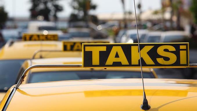 Taksilere kamera kararı mahkemeden döndü