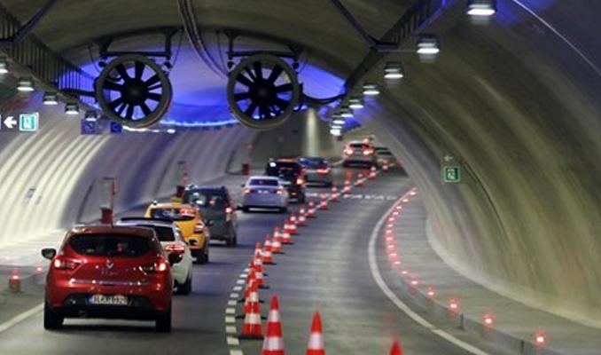 Avrasya Tüneli girişinde kaza! Gişeler kapatıldı