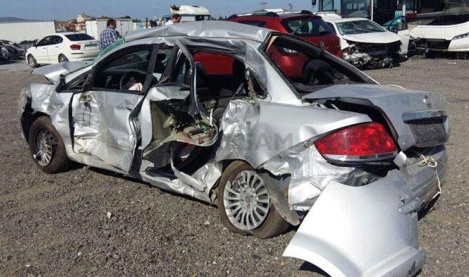 Sanayi siteleri hasarlı araçlarla doldu