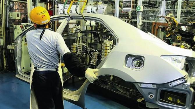 Otomotivciler Rusya'ya yarım milyar dolar ihracata yaklaştı