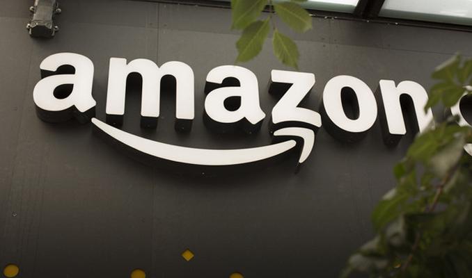 Amazon, Alexa'yı arabalara taşıyacak Echo Auto'yu tanıttı