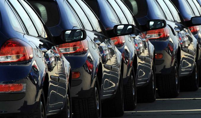Otomobil ve hafif ticari araç satışları yüzde 53 düştü