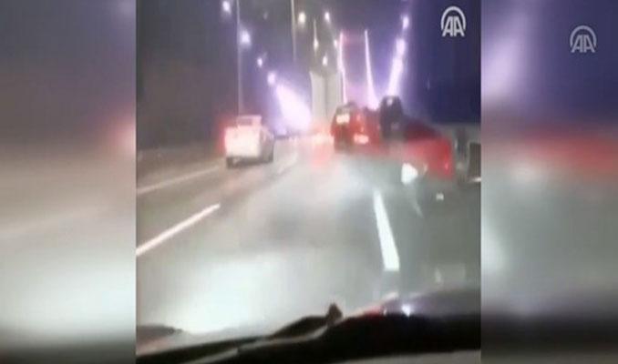 FSM Köprüsü'ndeki trafik kazası araç kamerasında