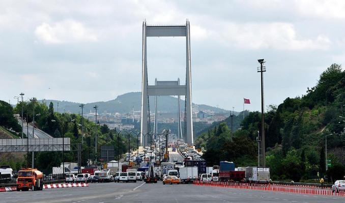 15 Temmuz Şehitler Köprüsü girişinde kaza