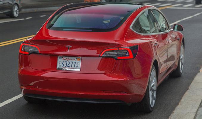 Tesla Trump'tan muafiyet istedi