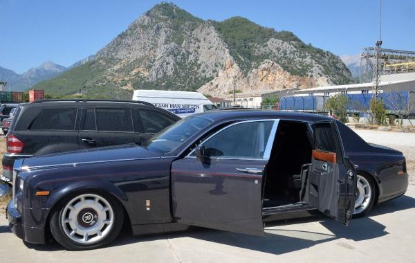 4 milyonluk lüks araç 1,6 milyon liraya da satılamadı