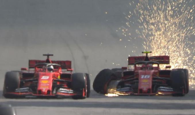 Formula 1'de kaza! 2 Ferrari çarpıştı