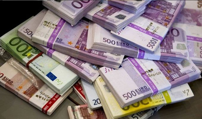 Alman otomobil üreticilerine 100 milyon euroluk ceza
