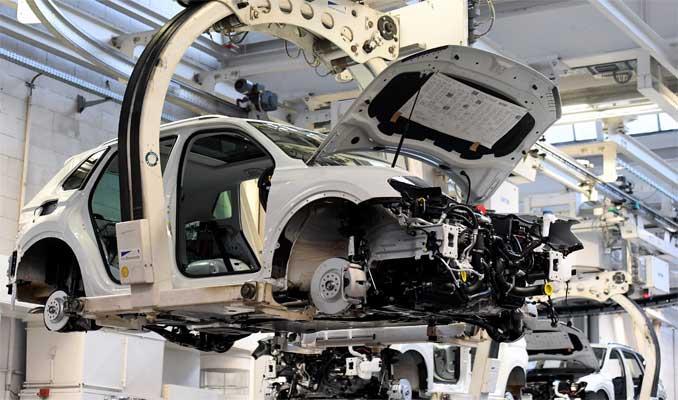 10 yılda 22 milyon elektrikli araç üretecek