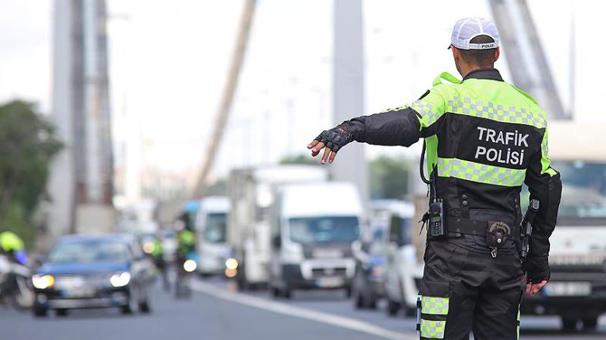 İstanbul trafiğine miting düzenlemesi