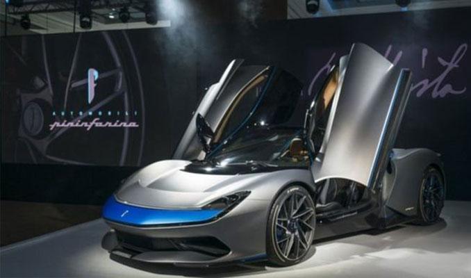 Dünyanın en hızlı otomobili! 12 Saniyede 300 km hıza ulaşıyor