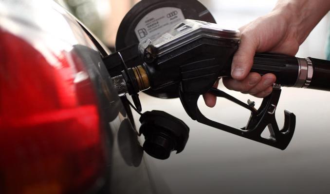 Benzinin litre fiyatına zam geldi