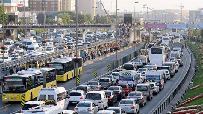Trafiğe katılan taşıt sayısı azaldı