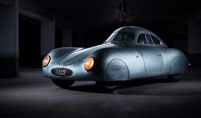 Hayatta kalan dünyanın en yaşlı Porsche'si satışta