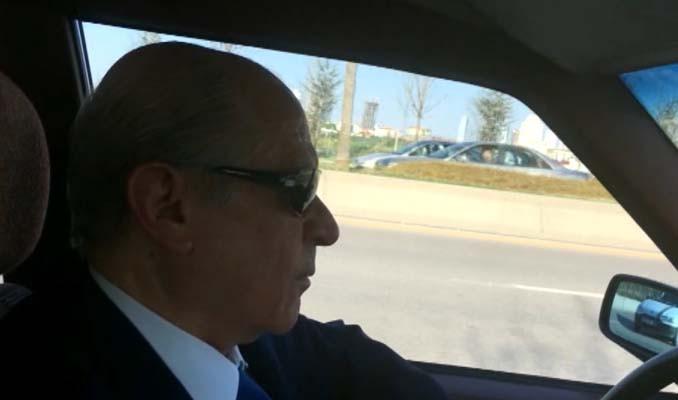 MHP lideri klasik otomobiliyle tur attı