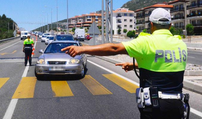 Drift yapan 3 sürücüye 5'er bin TL ceza