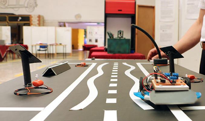Elektrikli araçlar otoyolda şarj olacak