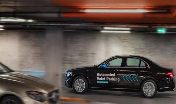 Daimler ve Bosch sürücüsüz vale park teknolojisi için ilk onayı aldılar