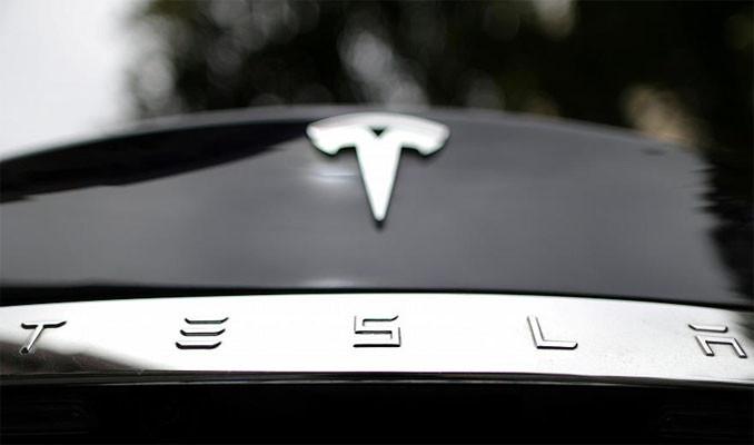 Tesla Çin'de üç modeline yüzde 2.3 - 2.4 zam yaptı