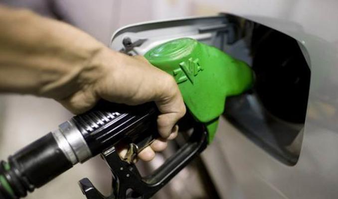 Benzin fiyatına zam geldi