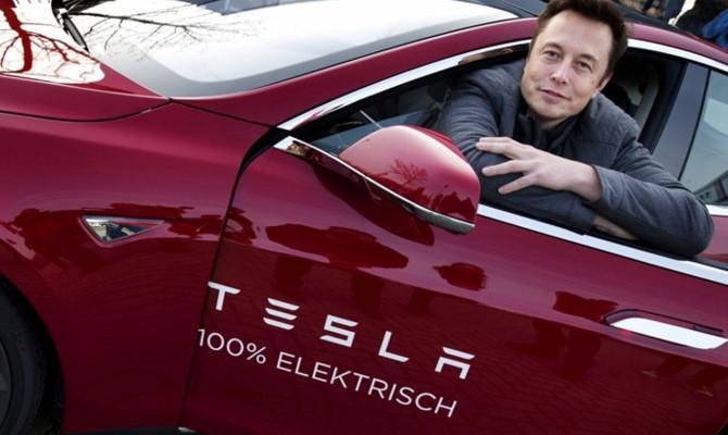 Tesla Model Y'nin  ilk fotoğrafını paylaştı