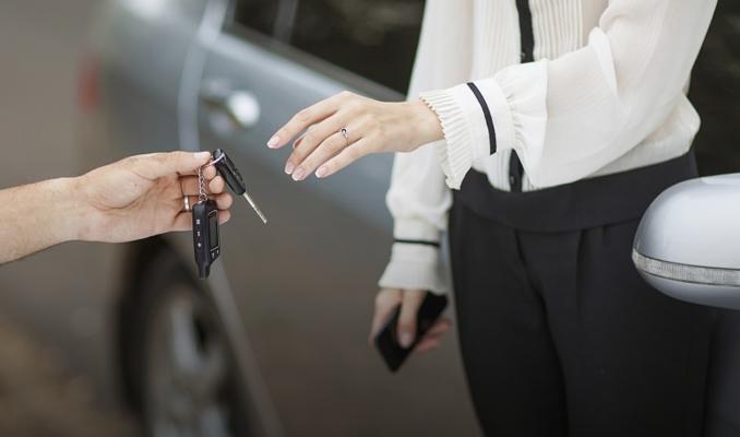 İkinci el otomobilde esnaf satacak araç bulamıyor