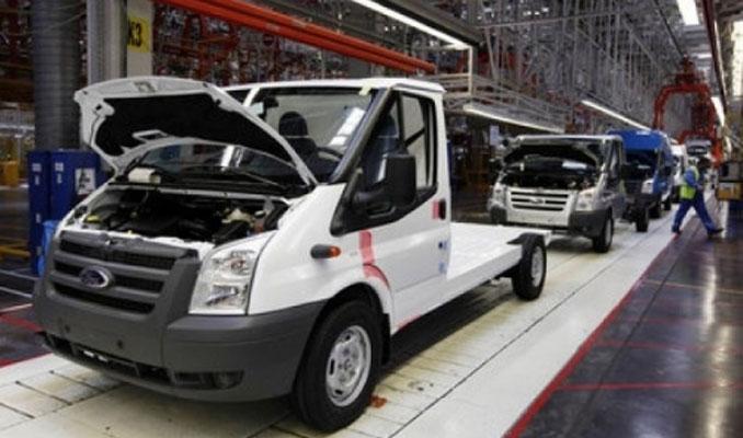 Ford Otosan üretime ara verme tarihini 13 Nisan'a uzattı