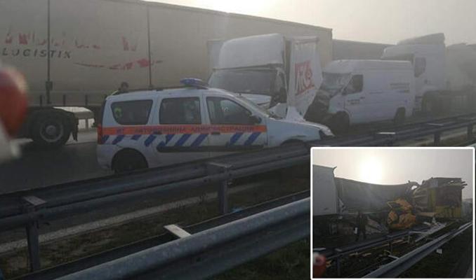 22 TIR zincirleme kaza yaptı: 1 ölü