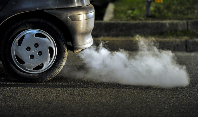 Tüm araçlar için egzoz emisyon ölçüm süresi ertelendi