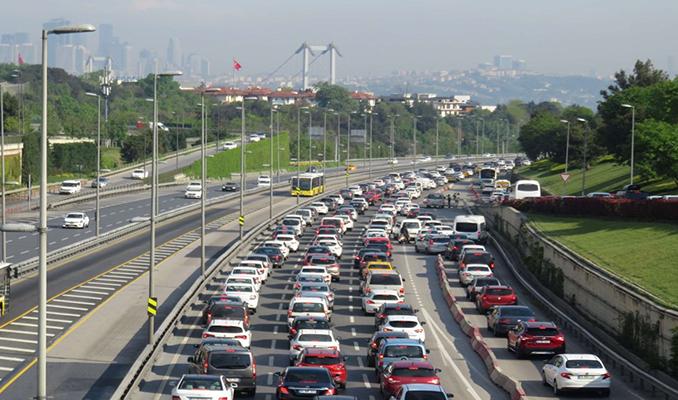 İstanbul'da trafik yoğunluğu korona öncesine döndü