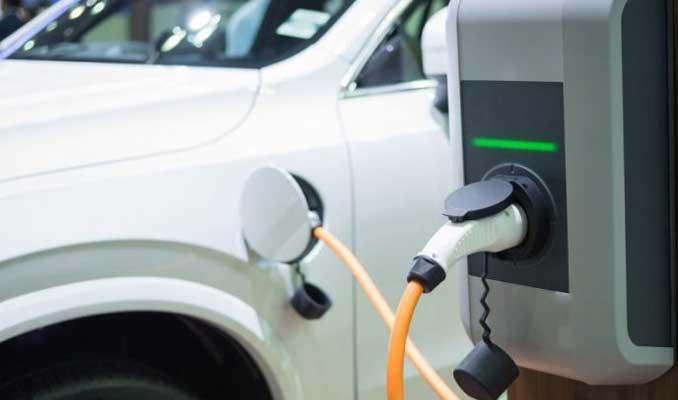 Yeni enerjili araç satışları, otomobil sektörünün can simidi oldu