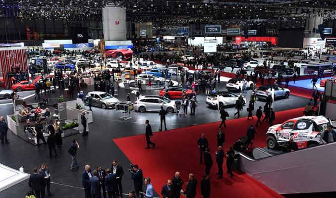 Dev otomobil fuarına Kovid-19'dan ikinci darbe! 2021 de iptal