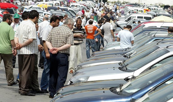 İkinci el otomobil pazarında müşteri çok, alıcı yok