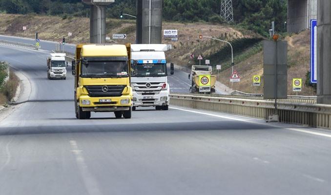 İstanbul'da hafriyat kamyonu tehlikesi