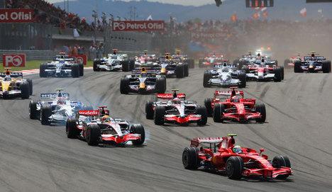 Formula 1 start alıyor