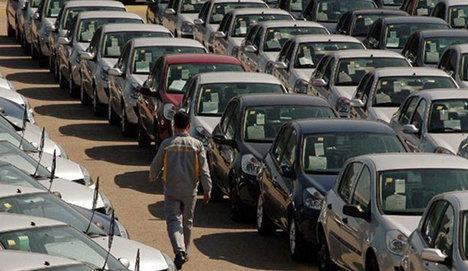 AB'de otomotiv satışları hız kesmedi