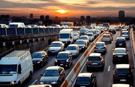 Trafiğe kayıtlı araç sayısı azaldı