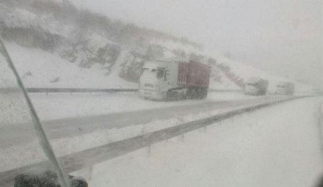 Bursa-İstanbul karayolu kapandı