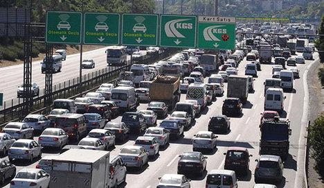 Trafiğin ekonomiye zararı 2 milyon 271 bin TL