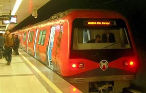 İstanbul'da elektrikler gitti, metro durdu