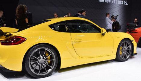 Cayman GT4, Cenevre'de yüzünü gösterdi